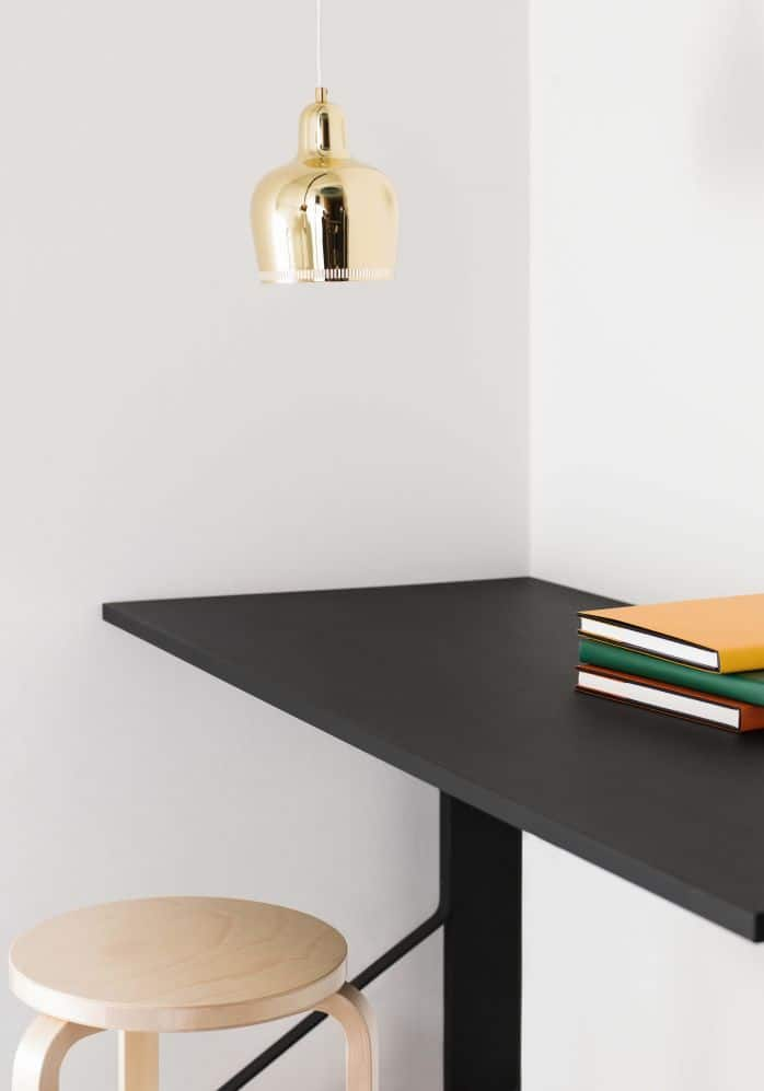 Stool-60-Kaari-Desk-and-Pendant-Light-A330S